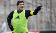Maradona doi quay lai dan dat argentina