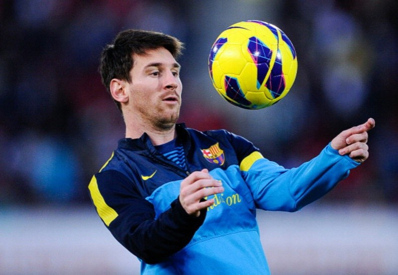 hinh anh messi trong tap luyen