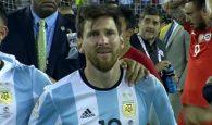Messi dang chiu bat cong