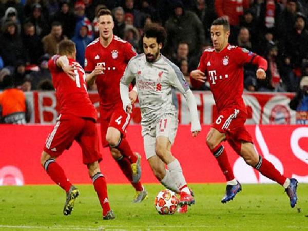 Salah chấp nhận làm nền cho Mane