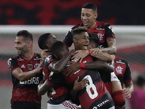 Soi kèo Flamengo vs Bragantino, 05h00 ngày 16/10 - VĐQG Brazil