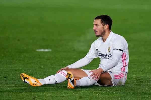 Tin bóng đá 16/3: Eden Hazard lại dính chấn thương