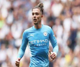 Tin bóng đá 16/8: HLV Pep Guardiola vẫn ca ngợi Grealish dù thua trận